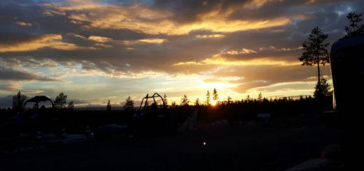 Sonnenuntergang im weiterweg.de-Camp.