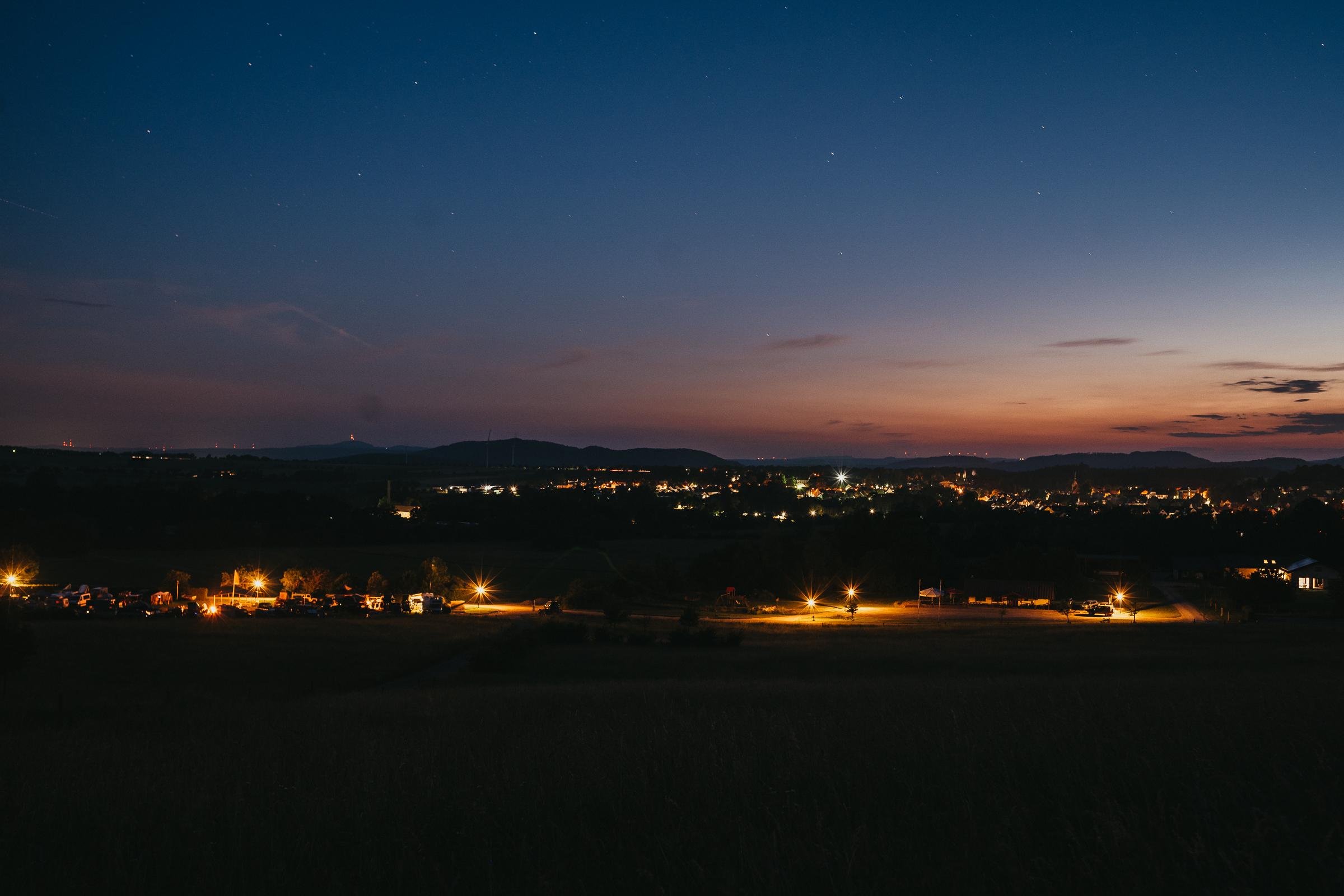 Auf den 13. LFAD - Der Abend über Stadtoldendorf.
